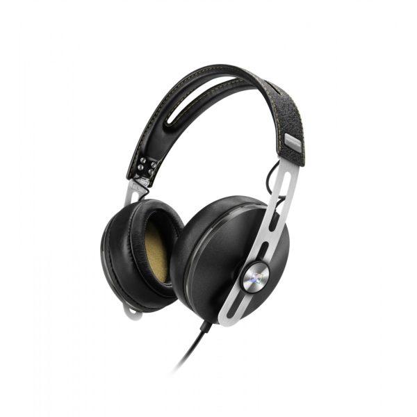 Johdolliset high-end kuulokkeet mikrofonilla